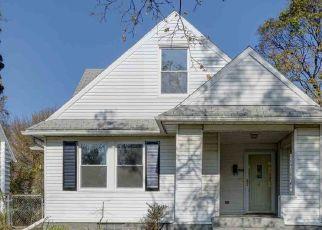 Pre Foreclosure in South Bend 46614 E VICTORIA ST - Property ID: 1510261966