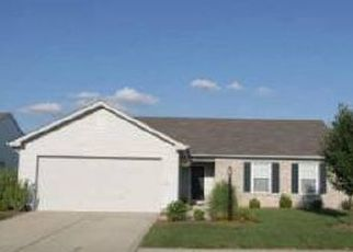Pre Foreclosure in Westfield 46074 PINE WOOD LN - Property ID: 1510275530