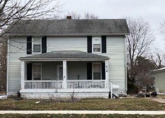 Pre Foreclosure in Farmer City 61842 N JOHN ST - Property ID: 1510456410
