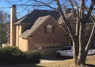 Pre Foreclosure in Duluth 30097 WAKE FORREST RUN - Property ID: 1510721388