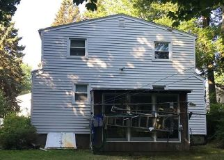 Pre Foreclosure in Stratford 06614 ALBRIGHT AVE - Property ID: 1510990298