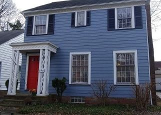 Pre Foreclosure in Cleveland 44112 HARTWOOD RD - Property ID: 1511127837