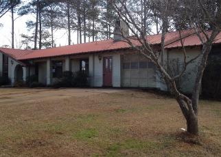 Pre Foreclosure in Ashland 36251 OWENS RD - Property ID: 1512217957