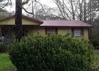 Pre Foreclosure in Oneonta 35121 TIDWELL HOLLOW RD - Property ID: 1512221896