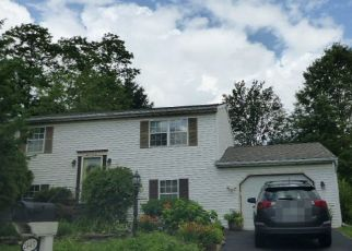 Pre Foreclosure in York 17408 HEATHER RD - Property ID: 1512291521