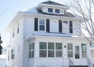 Pre Foreclosure in Fond Du Lac 54935 SHERMAN ST - Property ID: 1512331376