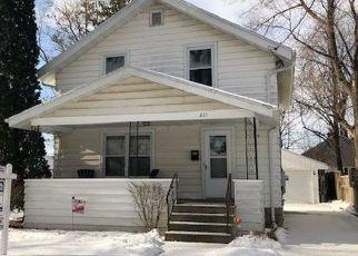 Pre Foreclosure in Appleton 54914 N OUTAGAMIE ST - Property ID: 1512350203
