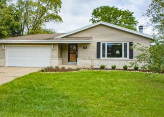 Pre Foreclosure in Oconomowoc 53066 HANCOCK DR - Property ID: 1512366414