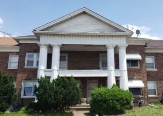 Pre Foreclosure in Dearborn 48126 SCHAEFER RD - Property ID: 1512642782