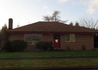 Pre Foreclosure in Enumclaw 98022 HARDING ST - Property ID: 1512680442