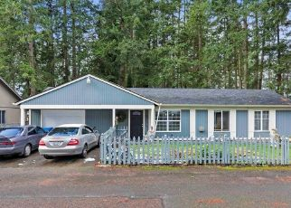 Pre Foreclosure in Kent 98042 SE 259TH ST - Property ID: 1512725107
