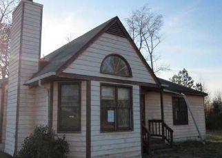 Pre Foreclosure in Petersburg 23805 TAVERN RD - Property ID: 1512777229