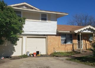 Pre Foreclosure in Haltom City 76117 ROXIE ST - Property ID: 1513013299