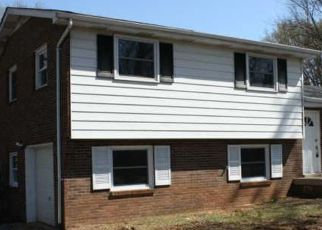 Pre Foreclosure in Clarksville 37042 MORNINGSIDE DR - Property ID: 1513042654