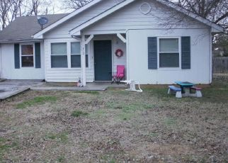Pre Foreclosure in Etowah 37331 JACKSON ST - Property ID: 1513115346