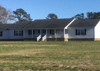 Pre Foreclosure in Tabor City 28463 SWAMP FOX HWY E - Property ID: 1513268197