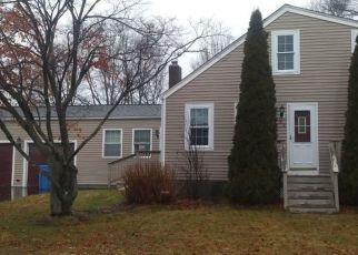 Pre Foreclosure in Cumberland 02864 WARREN AVE - Property ID: 1513446455