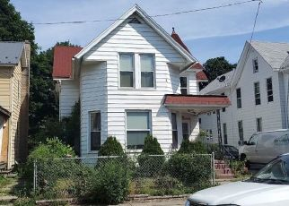 Pre Foreclosure in Erie 16502 W 22ND ST - Property ID: 1513883111