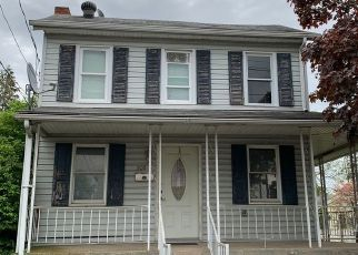 Pre Foreclosure in Harrisburg 17113 MAIN ST - Property ID: 1513894958