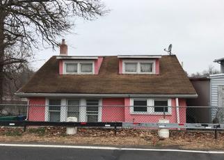Pre Foreclosure in Croydon 19021 NEWPORTVILLE RD - Property ID: 1513935682