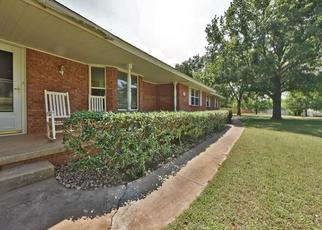 Pre Foreclosure in Edmond 73034 MASON HILLS DR - Property ID: 1514138458