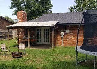 Pre Foreclosure in Enid 73703 LEXINGTON PL - Property ID: 1514181829