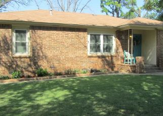 Pre Foreclosure in Cyril 73029 S 5TH ST - Property ID: 1514188385