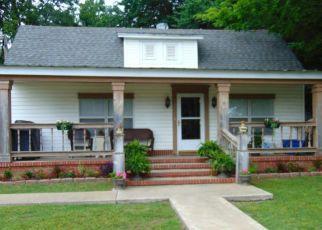 Pre Foreclosure in Vinita 74301 W TAHLEQUAH AVE - Property ID: 1514198915