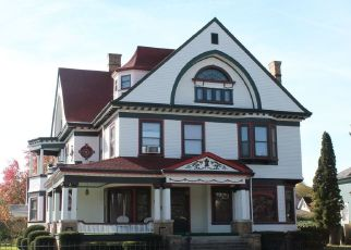 Pre Foreclosure in Shelbyville 46176 W WASHINGTON ST - Property ID: 1514335550