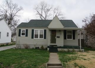 Pre Foreclosure in Columbus 47201 MAPLE ST - Property ID: 1514337295