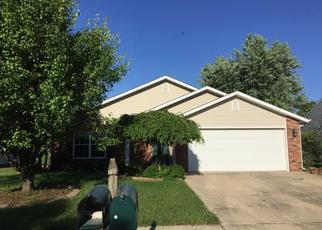 Pre Foreclosure in Shelbyville 46176 HIGHPOINTE BLVD - Property ID: 1514340363
