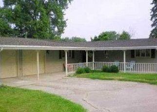 Pre Foreclosure in Muncie 47302 W FLEETWOOD DR - Property ID: 1514371459