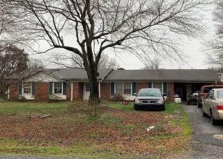 Pre Foreclosure in Kernersville 27284 SMITHWICK RD - Property ID: 1514398173