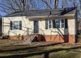 Pre Foreclosure in Greensboro 27408 TALIAFERRO RD - Property ID: 1514423584