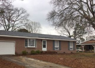 Pre Foreclosure in Fayetteville 28304 DELLWOOD DR - Property ID: 1514464309
