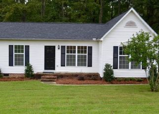Pre Foreclosure in Charlotte 28216 OLD PLANK RD - Property ID: 1514481390