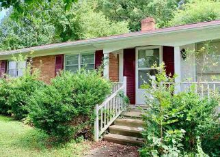 Pre Foreclosure in Burlington 27217 GLEN OAKS RD - Property ID: 1514509422
