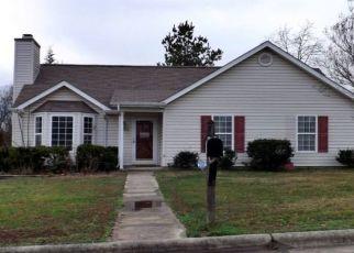 Pre Foreclosure in Greensboro 27406 BARN OWL CT - Property ID: 1514579949