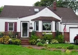 Pre Foreclosure in West Babylon 11704 ANCHOR CT - Property ID: 1514659204