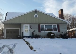 Pre Foreclosure in Syracuse 13209 SMITH ST - Property ID: 1514808565