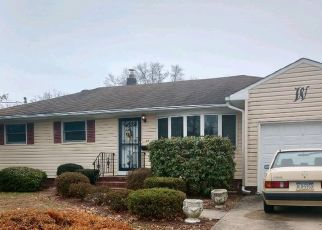 Pre Foreclosure in Trenton 08690 WALT WHITMAN WAY - Property ID: 1514855873