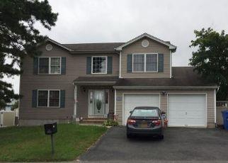 Pre Foreclosure in Beachwood 08722 MERMAID AVE - Property ID: 1514922881