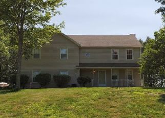 Pre Foreclosure in Wolcott 06716 COLMAN DR - Property ID: 1515011337