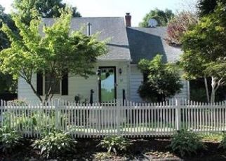 Pre Foreclosure in Waterbury 06708 EVERGREEN ST - Property ID: 1515026225