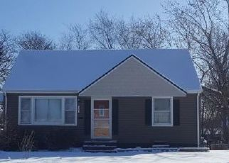 Pre Foreclosure in Minneapolis 55421 CLEARVIEW ST NE - Property ID: 1515298211