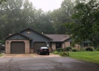 Pre Foreclosure in Paw Paw 49079 58TH AVE - Property ID: 1515363474
