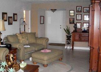 Pre Foreclosure in North Miami Beach 33160 174TH ST - Property ID: 1515518514