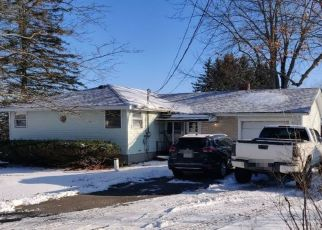 Pre Foreclosure in Winthrop 04364 ROUTE 41 - Property ID: 1515591213