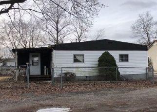 Pre Foreclosure in Greencastle 46135 VAN BIBBER LAKE EST - Property ID: 1516129939