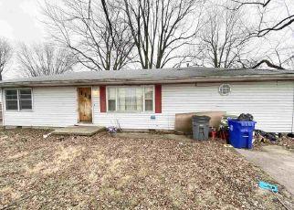 Pre Foreclosure in Kokomo 46902 S DIXON RD - Property ID: 1516131683